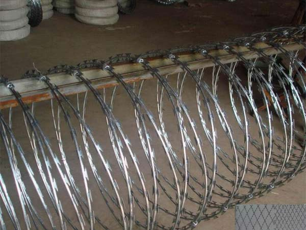 Concertina Razor Wire-More Frightening Fence with Good Quality