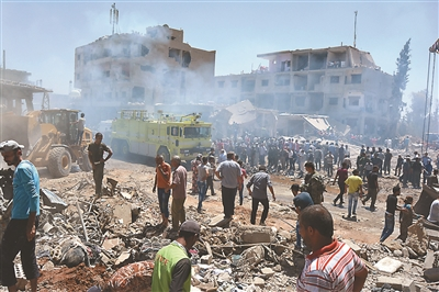 Suicide Bombing Kills Dozens in Syria